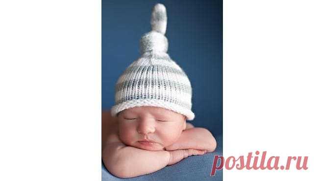 Шапочка с узелком для новорожденных — подробная инструкция с видео Узнайте, как связать забавную шапочку с узелком на спицах. Пошаговый мастер класс шапкис хвостиком с видео для начинающих