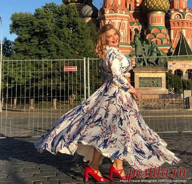 Ирина Пегова показала сарафан, который носит 15 лет | Краше Всех