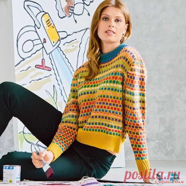 Яркий джемпер с узором со снятыми петлями. Цветовой фейерверк этой модели гарантирует прекрасное настроение — как во время вязания, так и во время носки. Желтые нитки объединяют всю композицию и создают эффект плетения. РАЗМЕРЫ