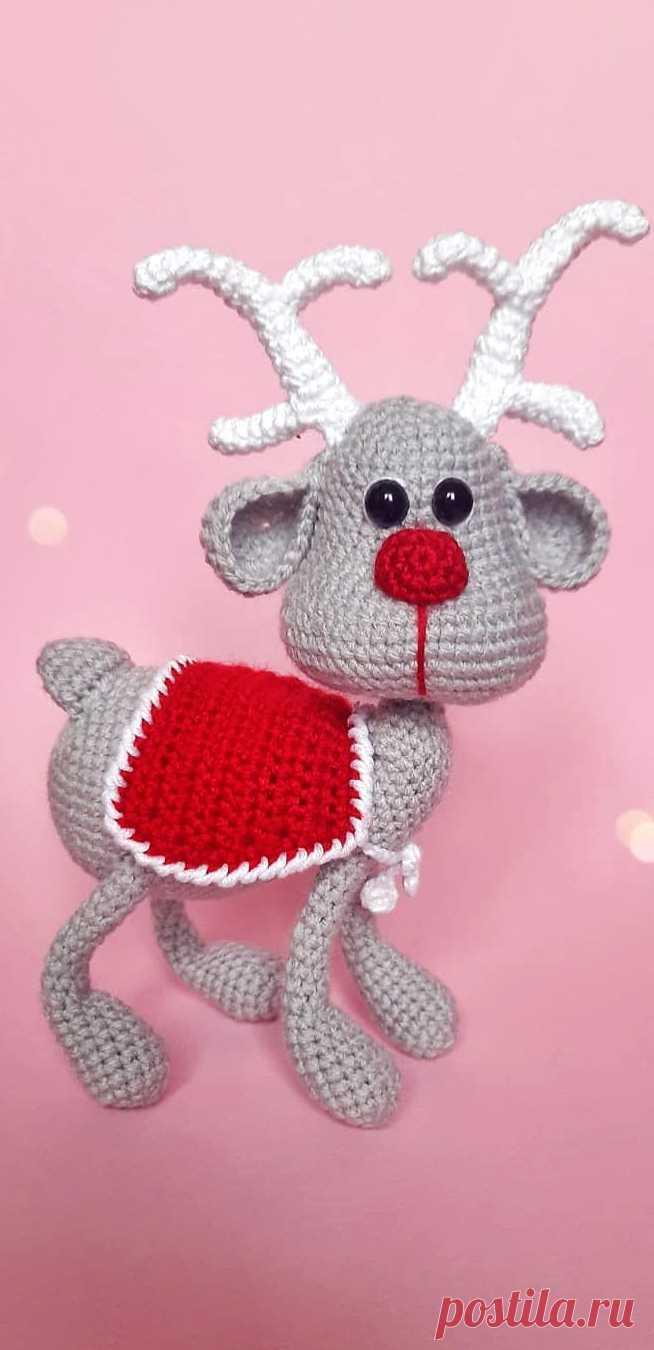 PDF Северный Олень крючком. FREE crochet pattern; Аmigurumi animal patterns. Амигуруми схемы и описания на русском. Вязаные игрушки и поделки своими руками #amimore - олень, оленёнок.