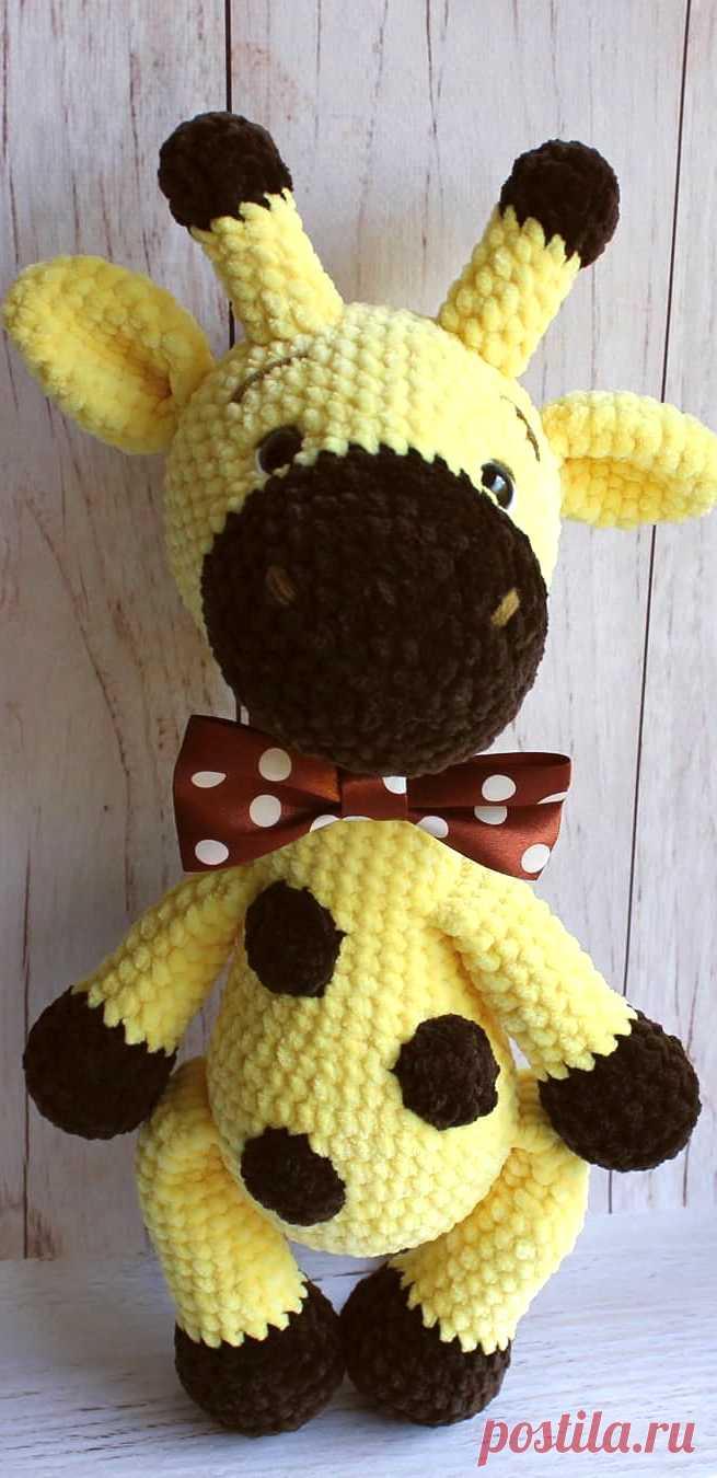 PDF Жирафик Гоша крючком. FREE crochet pattern; Аmigurumi animal patterns. Амигуруми схемы и описания на русском. Вязаные игрушки и поделки своими руками #amimore - большой жираф из плюшевой пряжи, плюшевый жирафик.