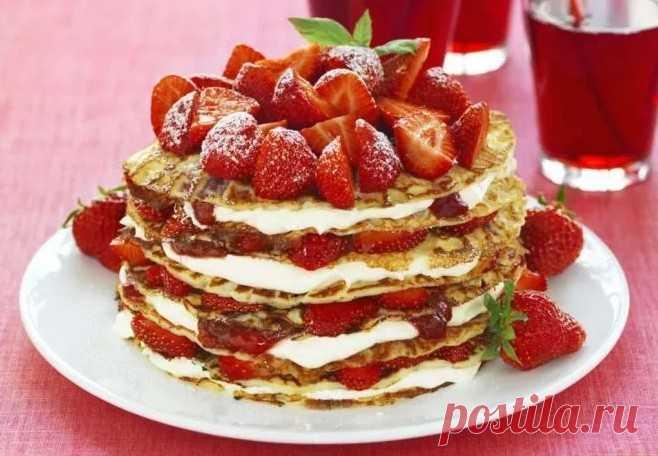 Блинный торт в домашних условиях - как приготовить торт из блинов Солнечного дня! Приветствую всех на страницах блога page365.ru . Нет ничего прекраснее, когда тебя кто-нибудь в очередной раз угощает тортиком.