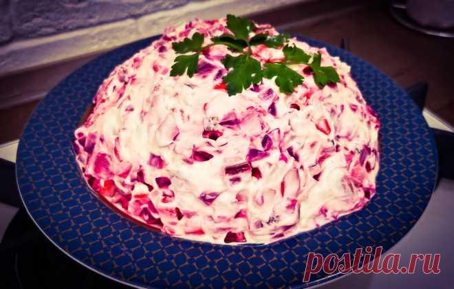 Попробовал у соседки в гостях вкусный свекольный эстонский салат «Розолье». Теперь готовлю такой же на замену винегрету - делюсь   Латте   Яндекс Дзен