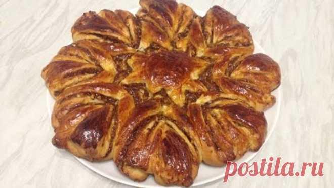 Пирог со сгущенкой и орехами очень вкусный