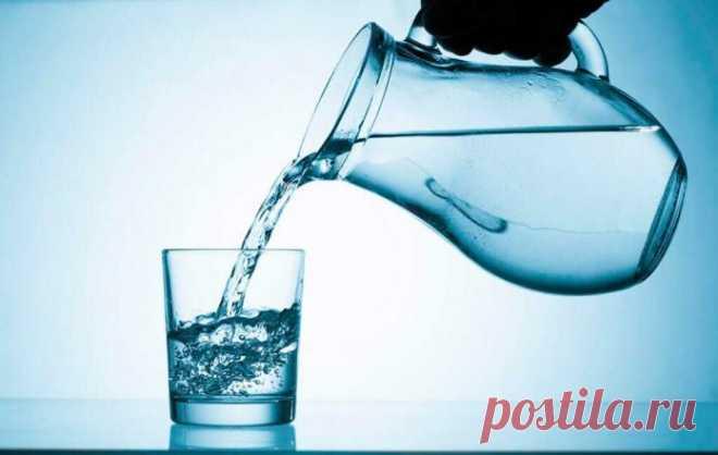 7 вещей, которые случаются с вашим телом, когда вы начинаете пить воду регулярно До 60% человеческого тела — вода. Согласно Х.Митчел: «Мозг и сердце состоят... Читай дальше на сайте. Жми подробнее ➡