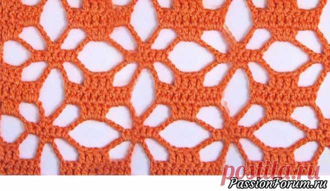 Ажурные цветы | Вязание крючком для начинающих Прекрасные ажурные цветы выполнить не сложно, но, чтобы узор получился аккуратным, надо следить за плотностью вязания.Журнал Бурда