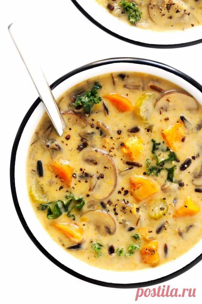 Суп куриный с шампиньонами и плавленым сыром