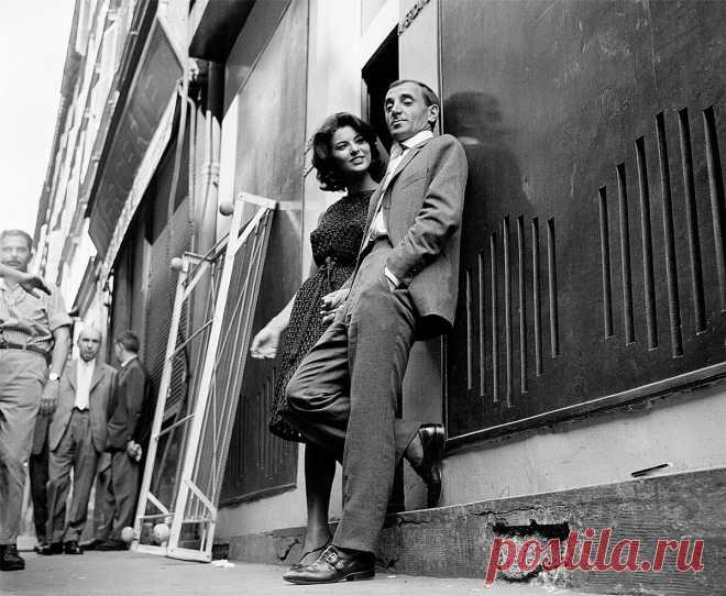 Шарль Азнавур с Джованной Ралли в 1961 году на съемочной площадке фильма Гораций 62.
