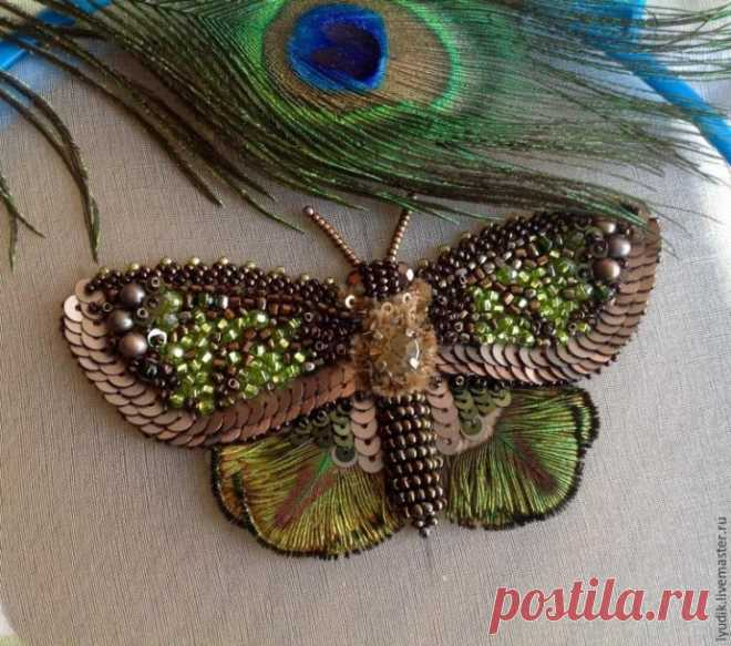 Вышивка бисером красавицы бабочки