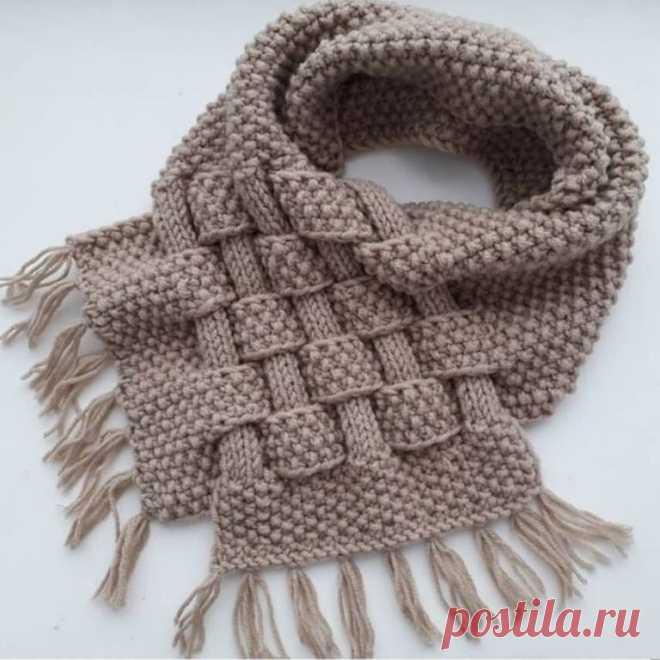 Оригинальный снуд с переплетениями. Спицами. / knittingideas.ru