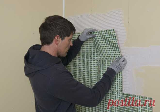 КЛЕИМ НА ГИПСОКАРТОН - Мужской журнал JK Men's Перед началом работ по оклейке комнат обоями полезно обдумать каким способом можно выровнять стены. Хотя обои и являются хорошим отделочным