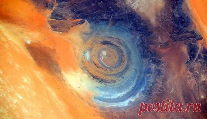 Глаз Сахары: одно из самых загадочных и необъяснимых мест на земле