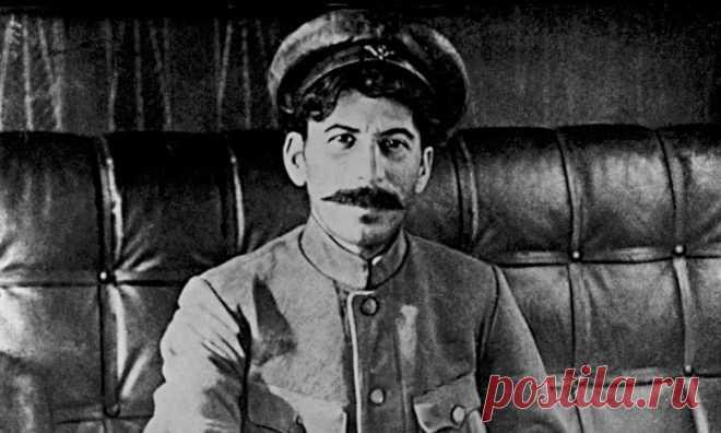 Иосиф Джугашвили: почему он стал называть себя Сталиным | Болтай