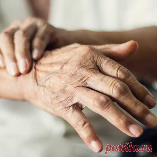 Омолаживаем руки: как избавиться от сухости, трещин и цыпок. Советую бюджетные средства | beauty viewer | Яндекс Дзен