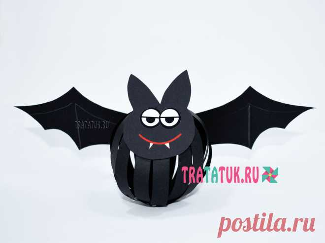Летучая мышь из полосок бумаги Летучая мышь из полосок бумаги – это интересная поделка для детей школьного возраста, которую можно сделать в преддверии Хэллоуина.
