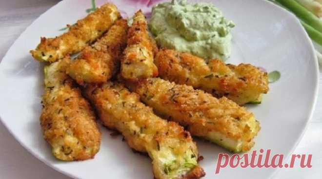 Los calabacines incomparables en de queso panirovke: la receta, que sacará hortaliza a un nuevo nivel