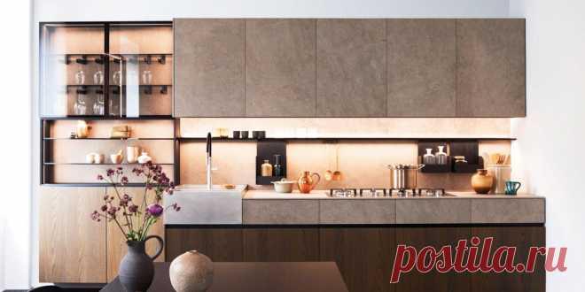 Как оформить кухню: готовое решение для ценителей минималистичных интерьеров Показываем, насколько по-разному может смотреться одна и та же кухня в разных вариантах отделки.