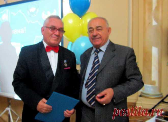 С Артушем Карапетяном  2012 г.