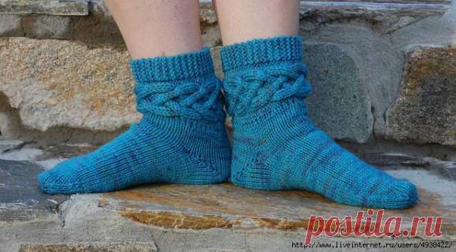 Носочки Misfit от Sarah House.