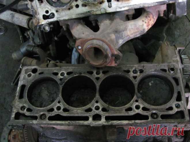 Что значит «стуканул» двигатель