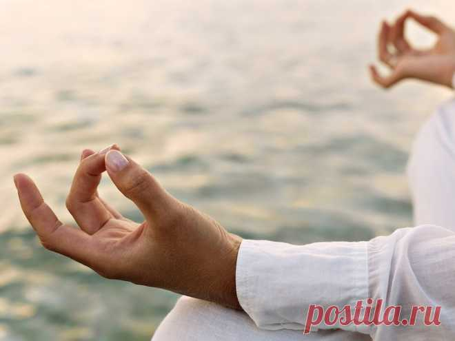 Yoga for hands: 8 \