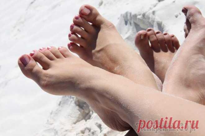 Эфирные масла для ухода за кожей ног
