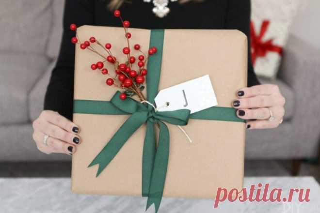 Подарок на день рождения своими руками - 12 идей как сделать, инструкция и мастер-класс (фото) Хочешь сделать подарок на день рождения своими руками для близкого человека? Тогда бери на заметку наши 12 идей!