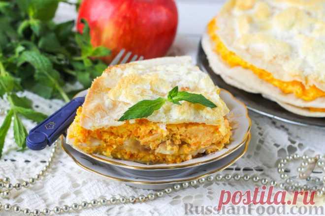 Пирог из лаваша с морковью и яблоком. Вкусный и полезный, необычный и простой в приготовлении пирог из лаваша с творогом, яблоками и морковью. Вы можете угощать им и взрослых, и детей - пирог с хрустящим лавашом и яркой, сочной творожной начинкой должен всем понравиться.