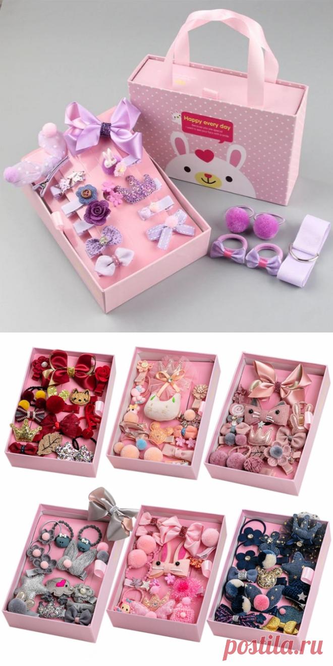 Набор 18 штук детских заколок с блестками и вязаными деталями