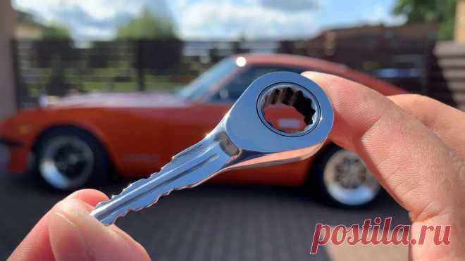 Ключ зажигания из слесарного ключа У классного автомобиля должен быть стильный и уникальный автомобильный ключ. Мастер взял гаечный ключ с трещоткой на 12 и решил сделать из него ключ зажигания. Инструменты и материалы: -