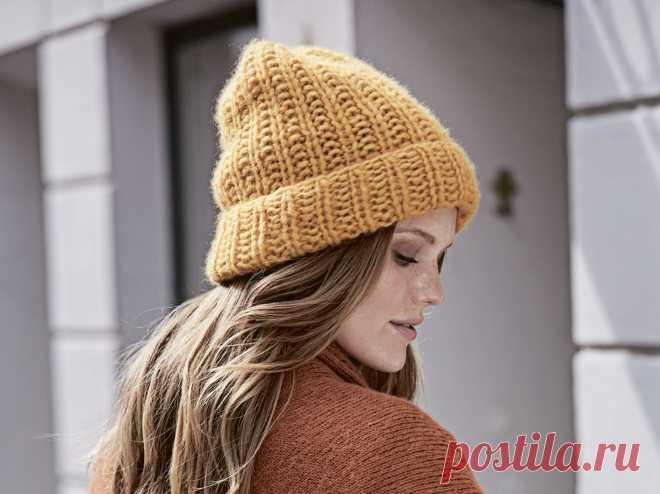 Модная вязаная шапка - схема вязания спицами с описанием на Verena.ru