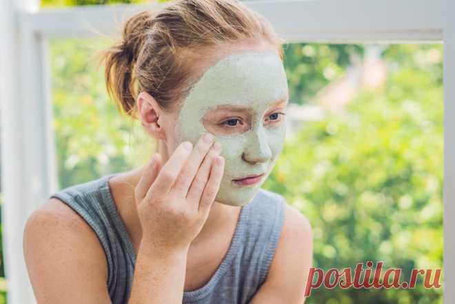 По рекомендации косметолога делаю подтяжку лица в домашних условиях. Мелкие морщины и «гусиные лапки» ушли быстро, а глубокие…