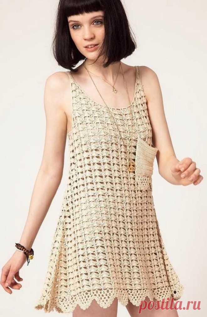 Эксклюзив. Вязаное крючком платье One Teaspoon Это вязаное крючком платье от австралийского бренда One Teaspoon. Данный бренд представляет современную молодежную моду, он разработан для молодых людей, предпочитающих яркий, запоминающийся стиль, ведущих активный образ жизни и умеющих прочувствовать свою неповторимую индивидуальность. В марке One Teaspoon (что в переводе – «Одна чайная ложка») присутствует определенная нарочитая небрежность, спонтанность, импульсивность, так...