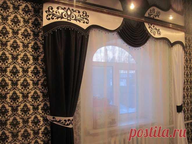 Los lambrequines chinés: la foto de las cortinas con bando + la clase maestra por la fabricación por las manos
