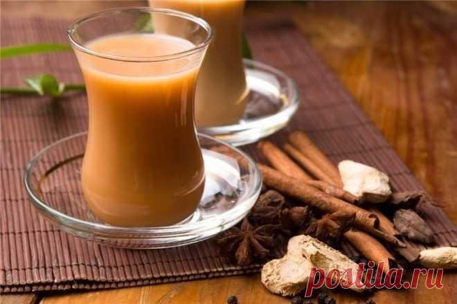 Масала чай. Этому легендарному напитку уже не одна тысяча лет. Чем он так хорош? Он прекрасный активатор. При вялом пищеварении, при общей сонливости, недостатке энергии Масала чай будет незаменим. А в холодное время года это будет как раз вовремя. Его хорошо употреблять утром, вместо кофе, он бодрит даже лучше и на более долгий срок.