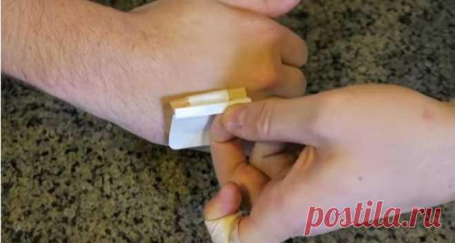 Как приклеить лейкопластырь на палец, чтобы он не сползал: простой способ, о котором самому не догадаться