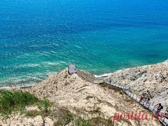 Такая разная Анапа и 3 совершенно не похожих друг на друга пляжа. Устроили себе мини-тур по Анапе и пожили в разных ее частях   НА СВОИХ ДВОИХ - Алёна И Женя   Яндекс Дзен