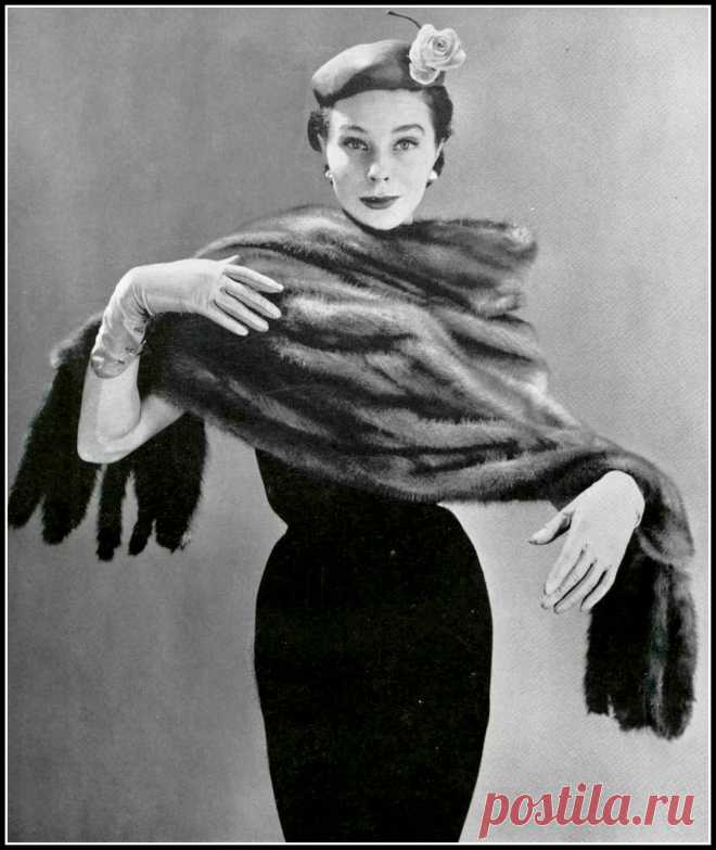 Bettina in Royal Pastel fur stole by Stoll Furs, hat by Svend, photo by Gene Fenn, 1953