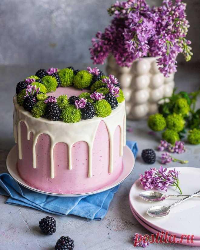 Бисквитный торт «Pinky» — торт с ягодами, начинкой и вкусным кремом | Andy Chef (Энди Шеф) — блог о еде и путешествиях, пошаговые рецепты, интернет-магазин для кондитеров |