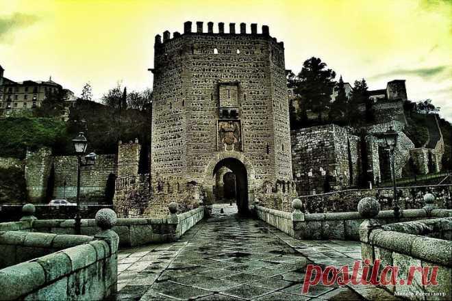 «Тем, кому доведется побывать в Толедо, стоит посетить один из самых старинных мостов города - мост Алькантара (Puente de Alcántara), расположенный у самого подножия замка Сан-Серванандо. » — карточка пользователя tania.g2018 в Яндекс.Коллекциях