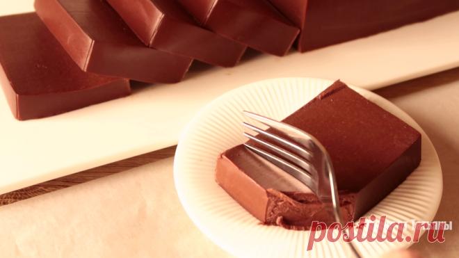Смешайте молоко, шоколад и какао: десерт без муки, без выпечки и духовки. К приходу гостей, или просто к чаю   Кухня от Татьяны   Яндекс Дзен