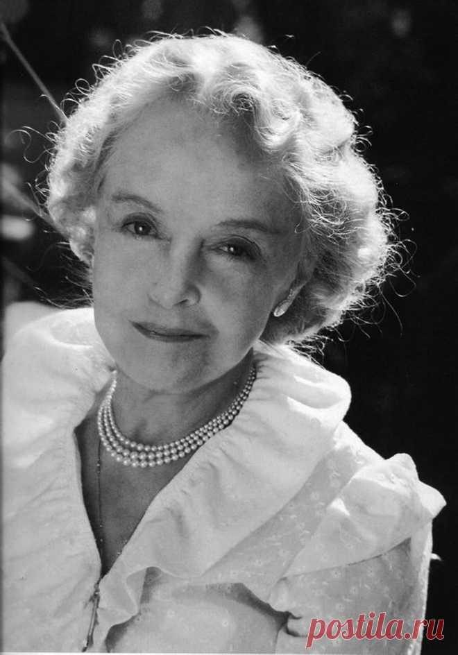 Лиллиан Гиш, 14 октября, 1893 • 27 февраля 1993