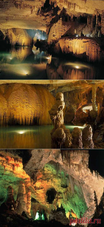 Удивительные пещеры Ливана / Туристический спутник