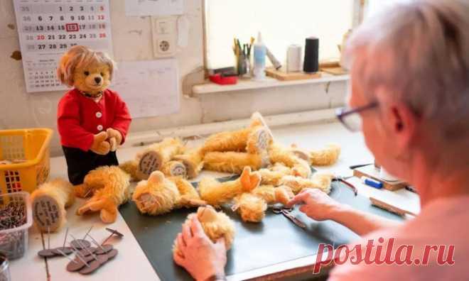 ᐈ В Кобурге производят плюшевых мишек Меркель