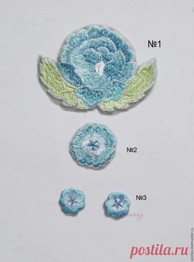 Купить вышивка аппликация Нежные голубые цветы в лубочном стиле нашивка в интернет магазине на Ярмарке Мастеров
