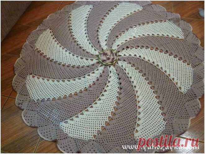 спиральный коврик крючком схема красивый коврик крючком своими рука