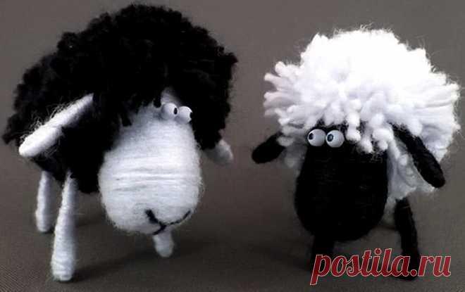 Как сделать овечку из ниток и пробки своими руками   33 Поделки Мы расскажем, как сделать овечку из ниток и пробки своими руками. Простой мастер-класс, с помощью которого вы без труда сделаете забавную поделку вместе с детьми.