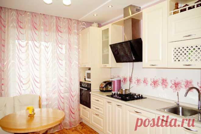 Светлая кухня: 80+ реальных фото интерьеров в светлых тонах Дизайн кухни в светлых тонах, реальные фото, сочетания цветов, стили. Полезные советы дизайнеров.