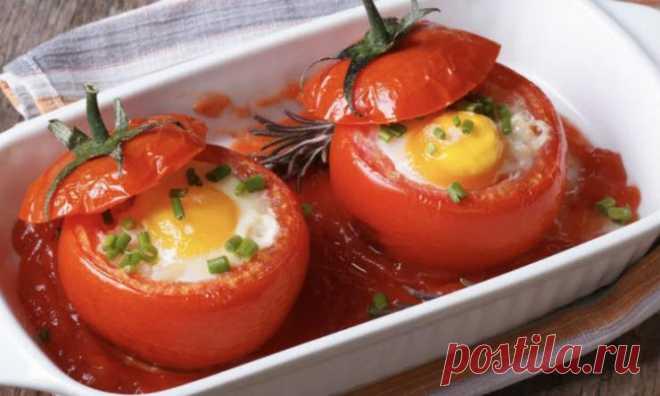 Завтрак готов за три минуты: кладем яичницу прямо в помидор - Steak Lovers - медиаплатформа МирТесен