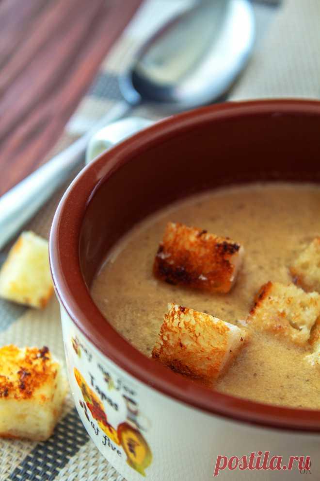 Грибной крем-суп с чесночными сухариками: birosss — ЖЖ